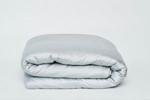 weighted-blanket-weighted-blanket-with-cover-2_d41054be-859d-4c55-af0f-ddb53a674c6b_720x
